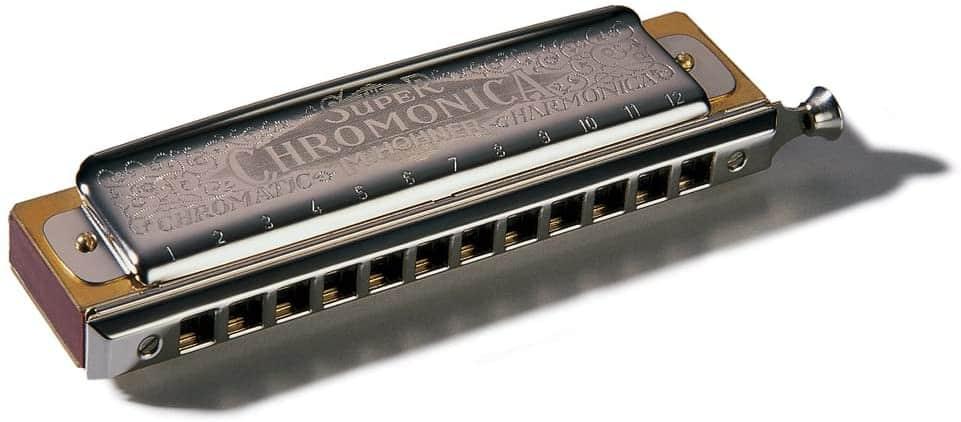 Photo of a swan chromatic harmonica