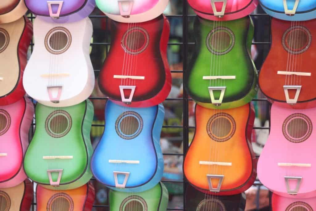 ukulele manufacturers