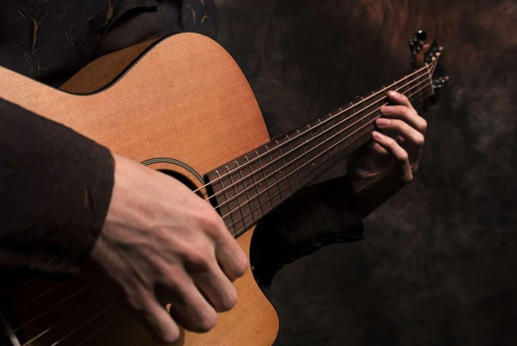 halfsize guitar