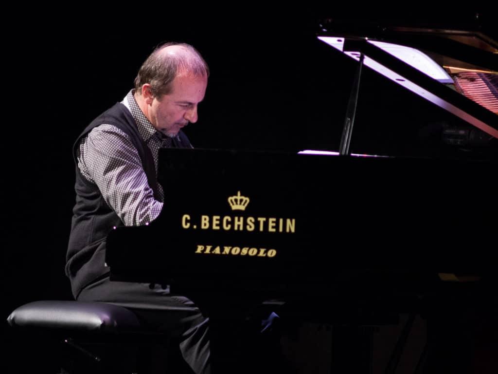 A pianist in a beichstein piano