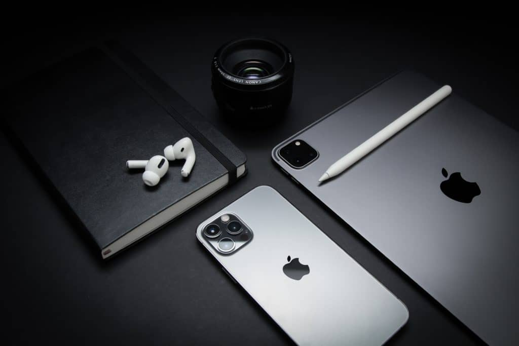Iphone and other apple devices